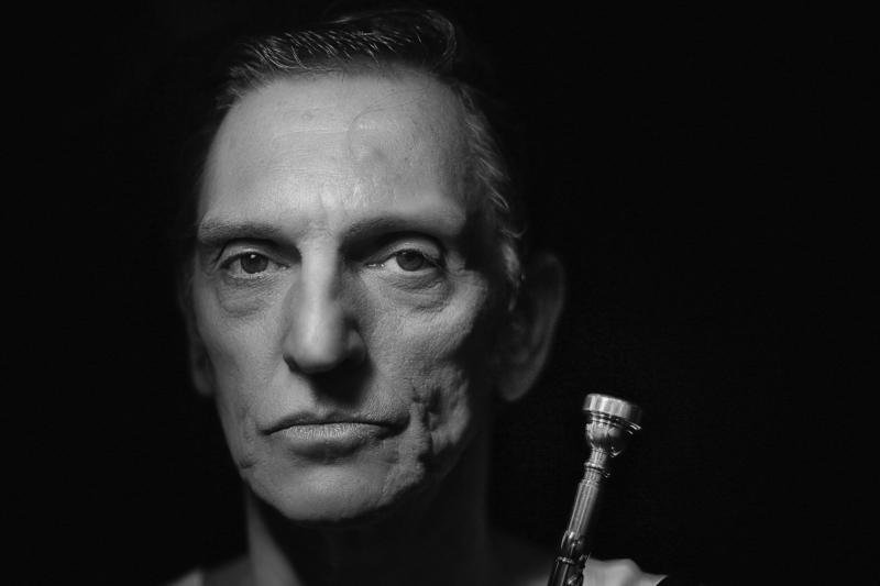 Em agosto, músico também estará em Gramado para estreia do filme O homem cordial