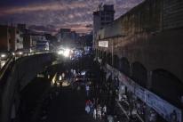 Governo Maduro culpa 'ataque eletromagnético' por blecaute