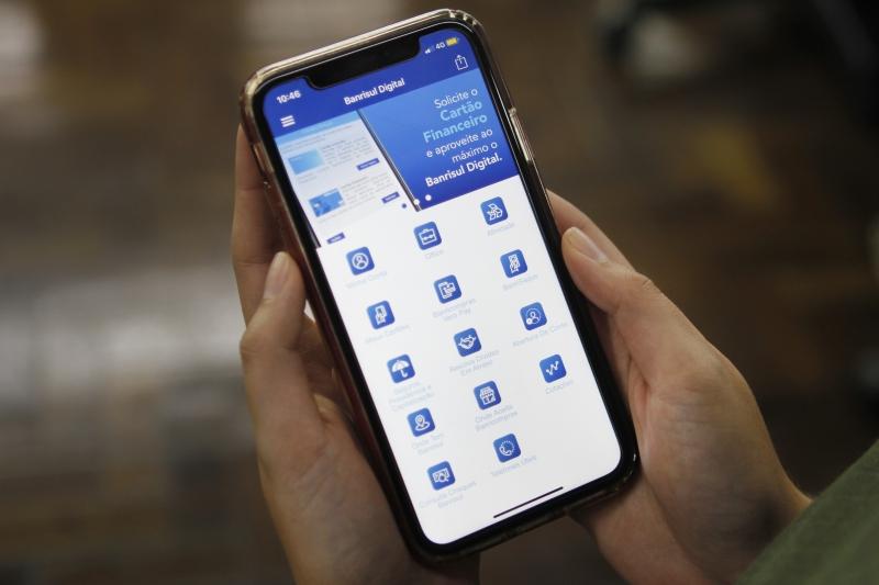 Clientes que já possuem cartão de crédito físico têm automaticamente o cartão virtual disponível no app