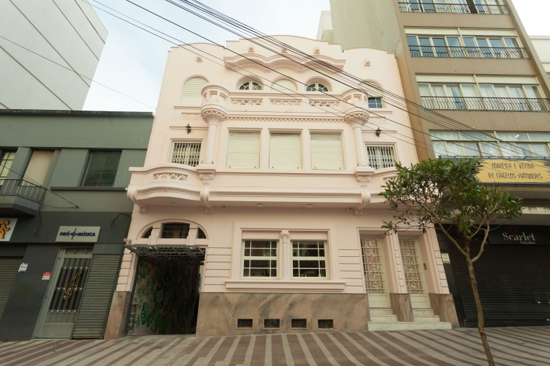 Amada Cozinha fica no Colavoro Sanvitto, no centro de Caxias do Sul