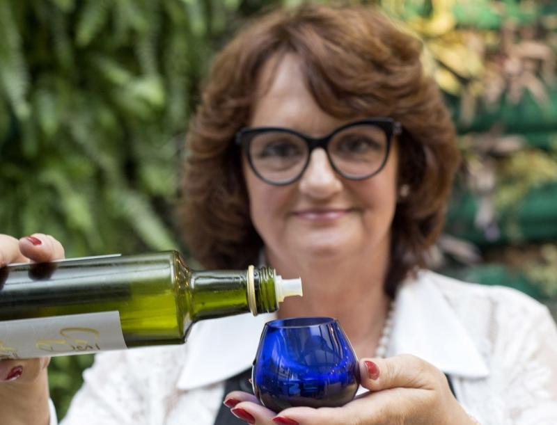 A sommelier de azeites e sócia da Amada Cozinha, Maria Beatriz Dal Pont