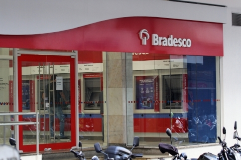 Quatro maiores bancos brasileiros perdem US$ 26,9 bilhões em valor de mercado