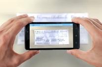 Aplicativo do Banrisul permite que clientes depositem cheques através do celular