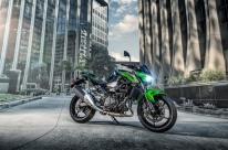 Kawasaki apresenta a esportiva Z400
