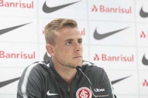 Contra o Flu, Klaus fala em 'coroar bom momento' com 1ª vitória do Inter fora