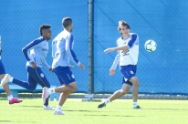 Pedro Geromel aponta evolução do Grêmio e torce por permanência de Everton
