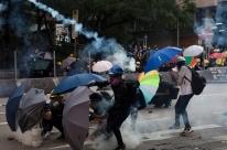 Greve e protestos com 14 mil pessoas paralisam Hong Kong