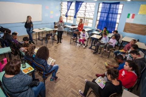 Entidades se unem para combater assédio moral contra professores