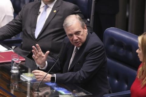 Ao receber reforma, relator defende que senadores não mexam no texto