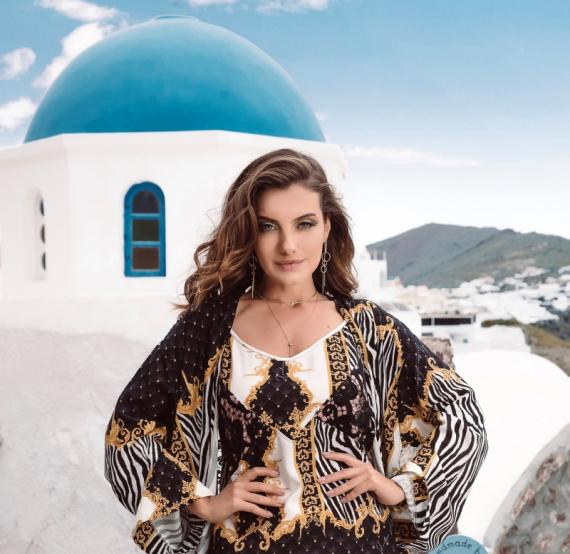 Santorini é o cenário da nova coleção de Teodoro Salazar
