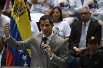 Guaidó afirma que Maduro pretende dissolver Parlamento da Venezuela nesta segunda
