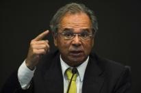'Não trabalhem contra o Brasil, tenham um pouco de paciência', diz Guedes