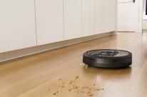 Robô aspirador mapeia ambientes para efetuar limpeza