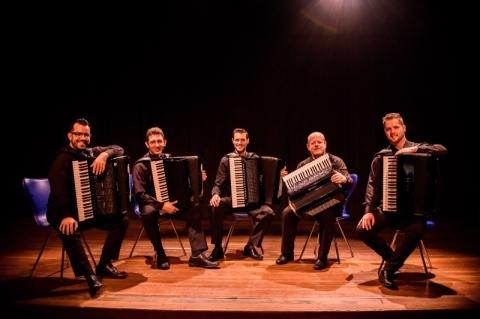 Quinteto Persch faz show comemorativo aos 20 anos de trajetória