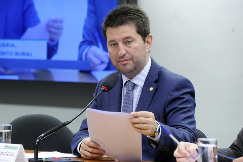 Deputado Jerônimo Goergen (PP-RS) ajustou o texto para a votação
