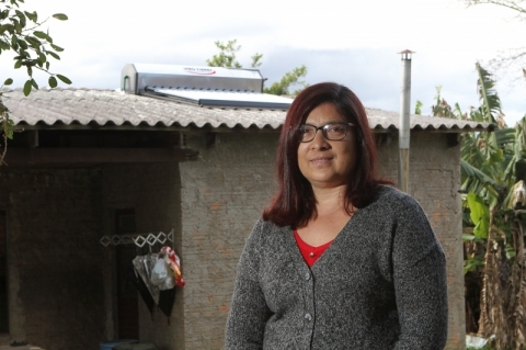 Painéis solares de baixo custo são instalados na Lomba do Pinheiro