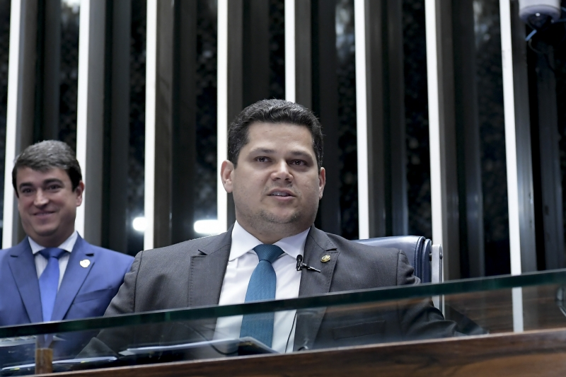 Presidente do Senado, Davi Alcolumbre, se pronunciou neste domingo