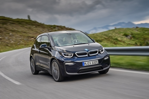 BMW amplia a família do compacto elétrico i3