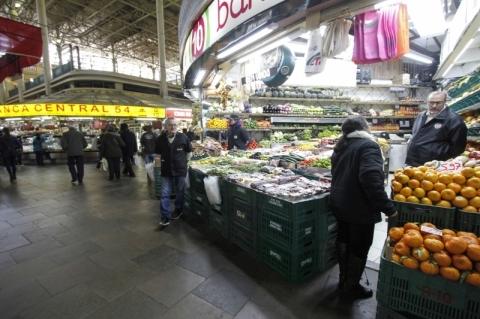 Mercado Público de Porto Alegre terá telão alertando para emergências