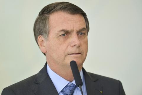 Governo pede R$ 1,6 bilhão ao Congresso para bancar de obras a carros de Bolsonaro