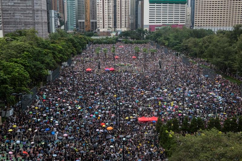 Organização estima em 1,7 milhão o número de manifestantes; polícia fala em 128 mil