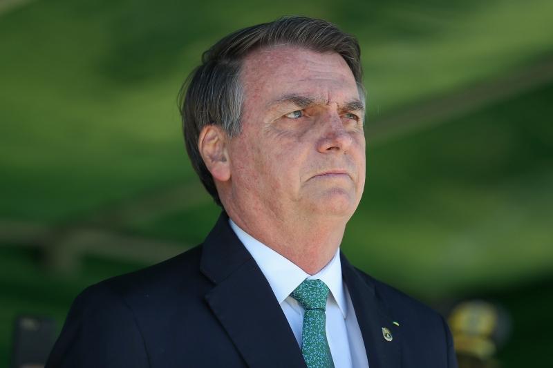 Presidente falou com os jornalistas ao deixar o Palácio da Alvorada nesta terça-feira
