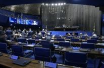 Senadores articulam PEC para instituir mandato no Supremo