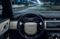 Jaguar Land Rover está desenvolvendo head-ud display em 3D
