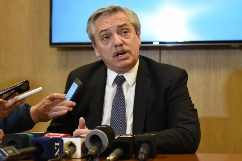Alberto Fernández descarta default e diz que errou ao criticar Bolsonaro