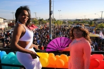 Parada LGBTinga leva tema da diversidade para bairro de Porto Alegre