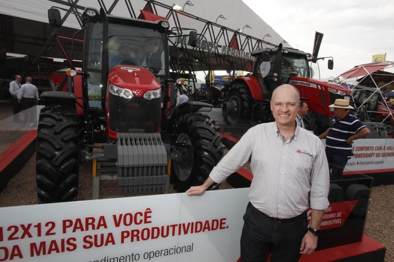 Eduardo Nunes comemora vendas que a Massey Ferguson fez aos Estados Unidos
