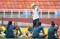 Pia Sundhage faz sua estreia no comando da seleção brasileira