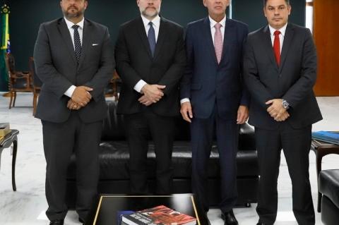 Presidente do TJ discute LDO estadual com Toffoli