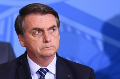 Bolsonaro diz que não comprará produtos de anunciantes da Folha de S.Paulo