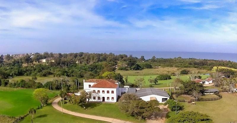 Sobrado da Fazenda, que também abrigou Giuseppe Garibaldi, funciona como casa de eventos e hospedaria durante todo o ano