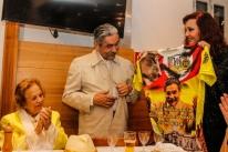 Olívio Dutra será tema do samba-enredo da Império da Zona Norte