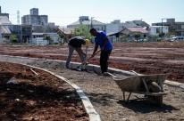 Áreas inutilizadas da cidade serão transformadas em praças
