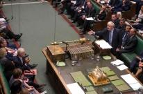 Governo britânico suspende parlamento por cinco semanas