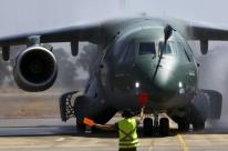 Embraer entrega primeiro avião multimissão KC-390