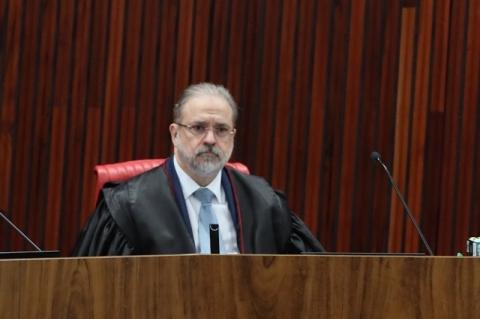 Augusto Aras é escolhido para comandar a PGR
