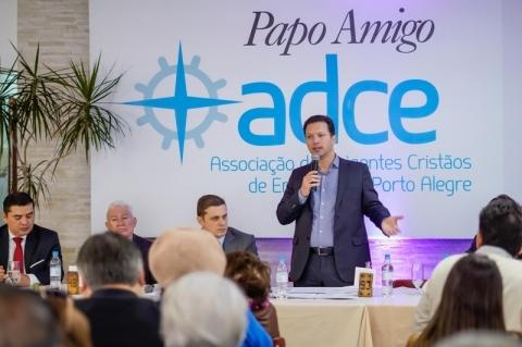 'Podemos lançar edital que vamos ter dinheiro', diz prefeito