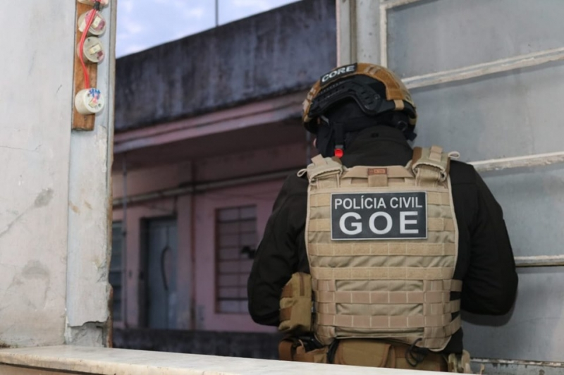 Polícia deflagrou operação na manhã desta sexta-feira no Centro Histórico de POA