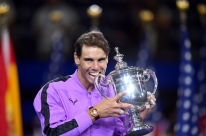 Com título, Nadal se aproxima do líder Djokovic no ranking