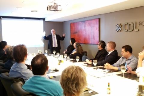 Lorenzoni apresenta projeto de liberdade econômica na CDL