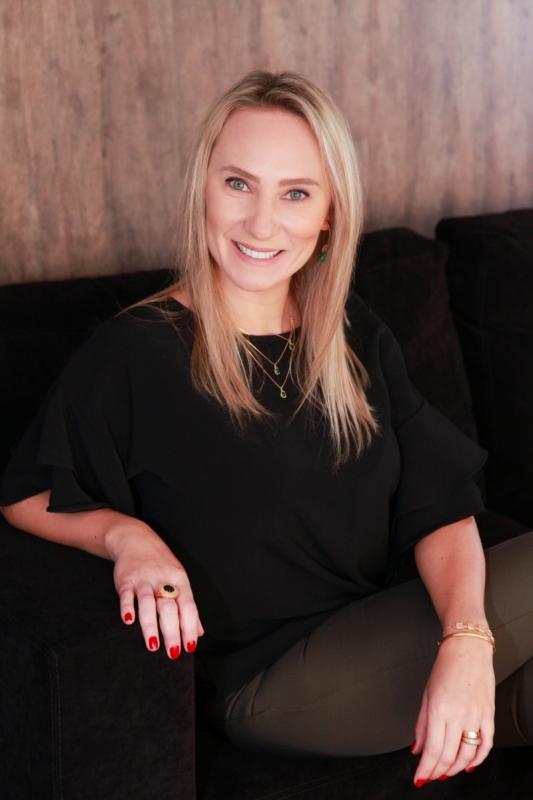 Cassiane Rubbo é gerente de pessoas do escritório Scalzilli Althaus e psicóloga