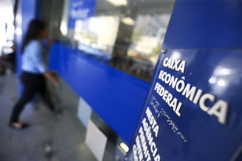 O saque imediato faz parte de uma medida emergencial do governo para tentar aquecer a economia