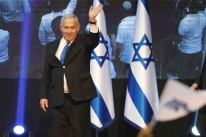 Imprensa aponta empate entre Netanyahu e Gantz na reta final da apuração