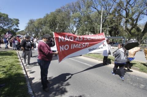 Justiça do Trabalho proíbe demissões no Imesf em Porto Alegre