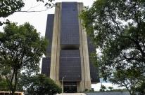 Comissão aprova projeto de autonomia do BC