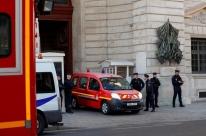 Quatro policiais são mortos por colega em Paris